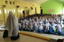 Genam Edukasi Bahaya Miras di SMP 9 Batam